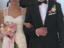 Suknia ślubna z salonu Madonna w Krk na sprzedaż