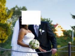 Suknia ślubna z satyny, biała