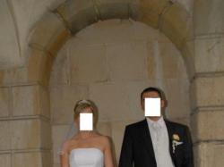 Suknia ślubna z tafty gniecionej bogato zdobiona koronką + dodatki
