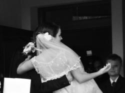 Suknia ślubna z trenem - NABLA (model ROSANNA)