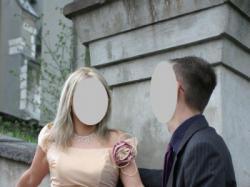 suknia ślubna z trenem wyszywana kryształkami