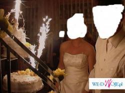 suknia ślubna zdobiona haftami+dodatki!