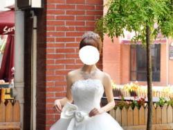 Suknia ślubna zdobiona z kokardą Xs, S, M, L