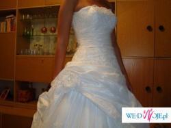 suknia slubna, zobacz sama:)