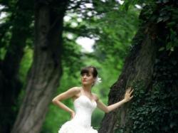 Suknia z kolekcji Victora Jane for Ronald Joyce model 12026