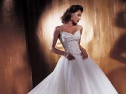 Suknia z salonu Lisa Ferrera, model Demetrios - PrzepięknA