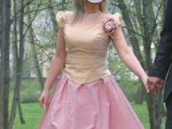 suknia z TRENEM wyszywana KRYSZTAłKAMI