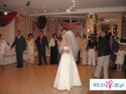 Suknię ślubną ecru w idealnym stanie  sprzedam od zaraz