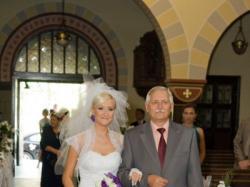 Suknie ślubna w stylu hiszpańskim - biała