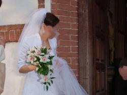 suknie ślubna z kryształami Swarowskiego