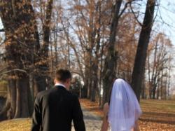 Suknie ślubna z kryształkami swarovskiego