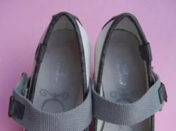 Świetne buty na koturnie 39 nowe