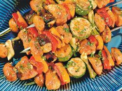 Szaszłyki wieprzowe z warzywami