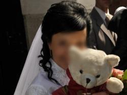 Szczęśliwa suknia ślubna Asina