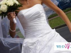 Szyk-Klasa-Elegancja-Suknia Ślubna-PapaMichel-DREAM