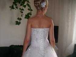 tanio przepiękna suknia ślubna