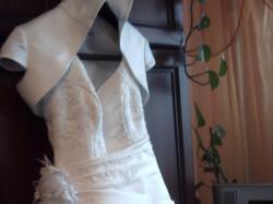 Tanio suknia ślubna z dodatkami!