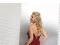 TI-AMO Piękna suknia wieczorowa
