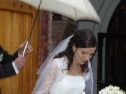tiul i koronki -  śliczna suknia ślubna