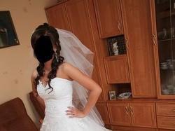 Tiulowa suknia slubna