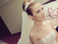 Tiulowa suknia ślubna - królewna śnieżka