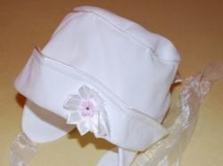 Ubranko do chrztu dla dziewczynki: sukienka, płaszczyk, czapeczka