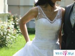 Urocza suknia ślubna nr 625 z kolekcjii Urszuli Mateji