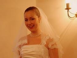 Urocza suknia ślubna - r. 38