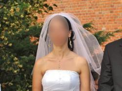 Urocza suknia ślubna z kolekcji Celise