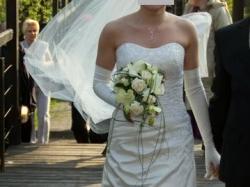Urzekająca suknia ślubna Sweetheart model 5891 + dodatki