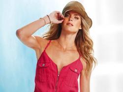 Victoria's Secret - must-haves na lato 2012!