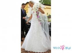 White One 176, suknia ślubna
