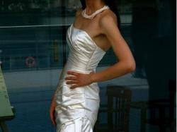 WHITE ONE 411: Orginalna hiszpańska suknia ślubna