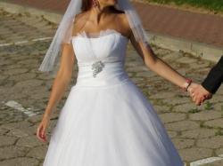 Wyjątkowa suknia ślubna 36/38