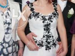 Wyjątkowa suknia ślubna biało - czarna :)