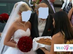 Wyjątkowa suknia ślubna + GRATIS SESJA ŚLUBNA