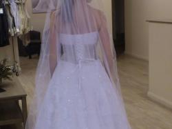 Wyjątkowa suknia ślubna marki Agnes z kolekcji Platinum Collection