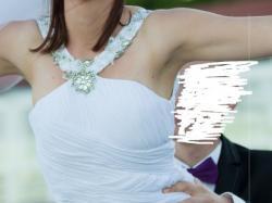 Wyjątkowa suknia ślubna prosta, długi tren rozmiar 38