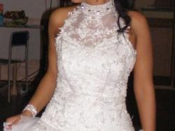 wyjątkowa suknia ślubna w wersji mini