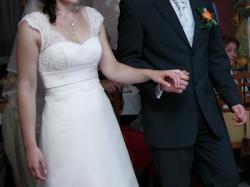 wyjątkowa suknia ślubna z koronką