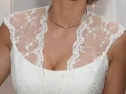 Wyjątkowa suknia z chatakterem, hiszpańska koronka