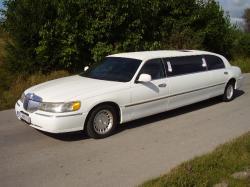 WYNAJEM LIMUZYN LINCOLN TOWN CAR ! Luxury Cars sp. z o.o.