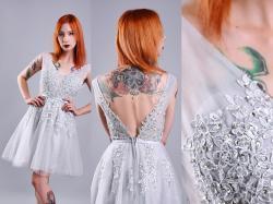 Wypożyczanie sukienek dla firm