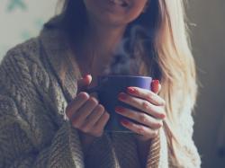 Zatkany nos? 3 pomysły na domowe inhalacje, które zrobisz z kuchennych składników
