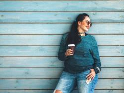 Zdjęcia kobiet plus size to promocja otyłości? Rozważania dietetyka