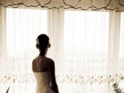 Zjawiskowa biała suknia ślubna długa i krótka.