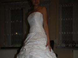 Zjawiskowa Suknia firmy MBM DUBER model 971. rozmiar 34