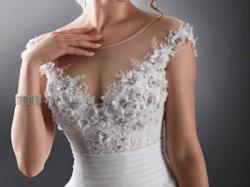 zjawiskowa suknia ślubna Agora 14-13