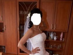 Zjawiskowa suknia ślubna Gratis dodatki