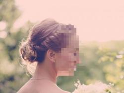 Zjawiskowa suknia ślubna: prosta, elegancka, koronka, koraliki